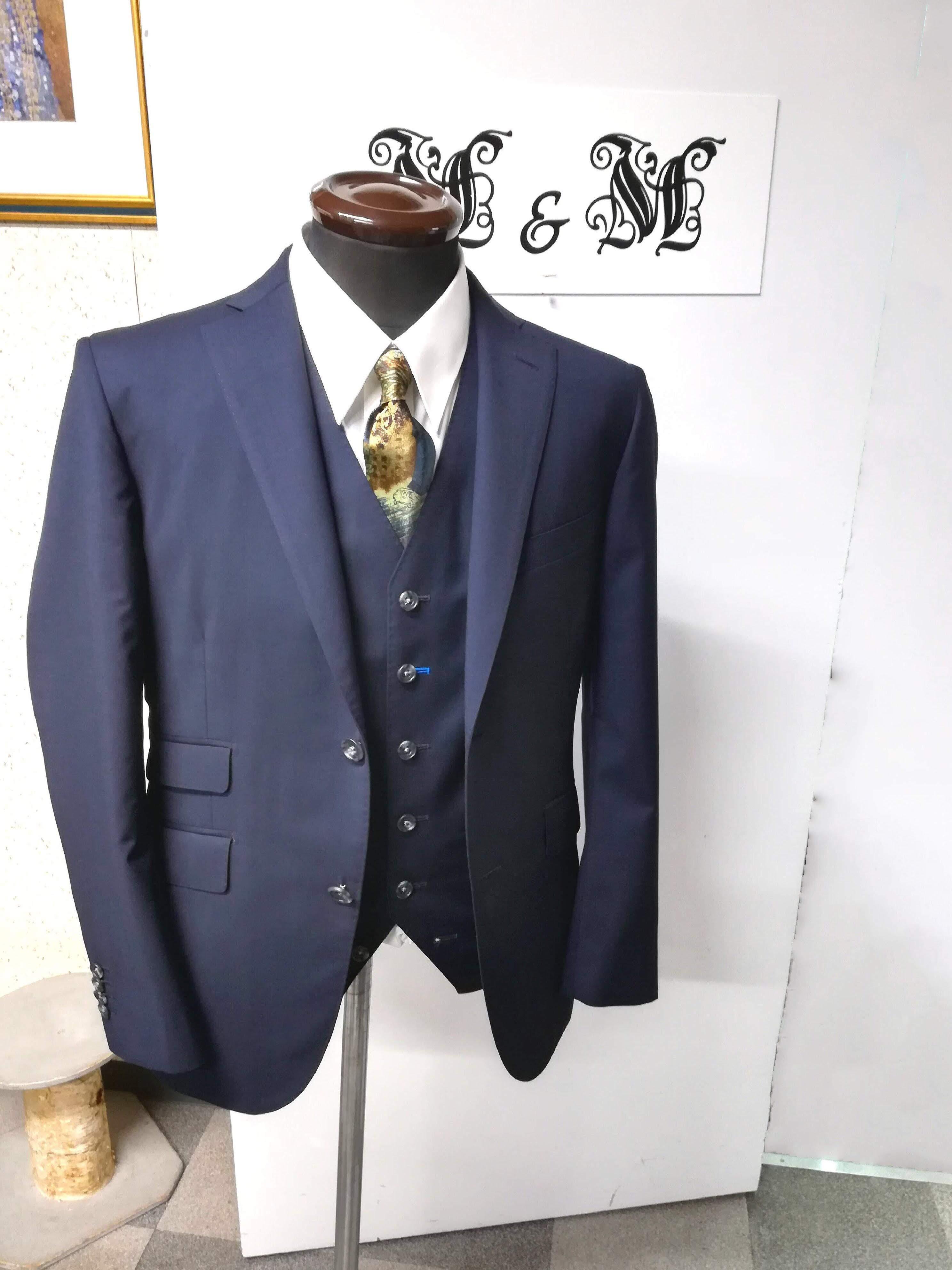 M&Mオーダースーツ
